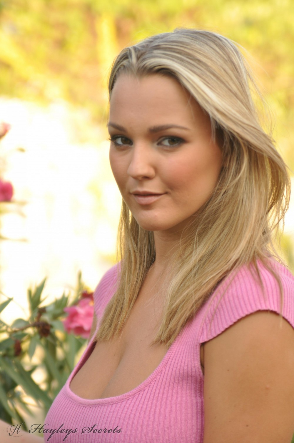 Felicity Hill Nude Photos 54