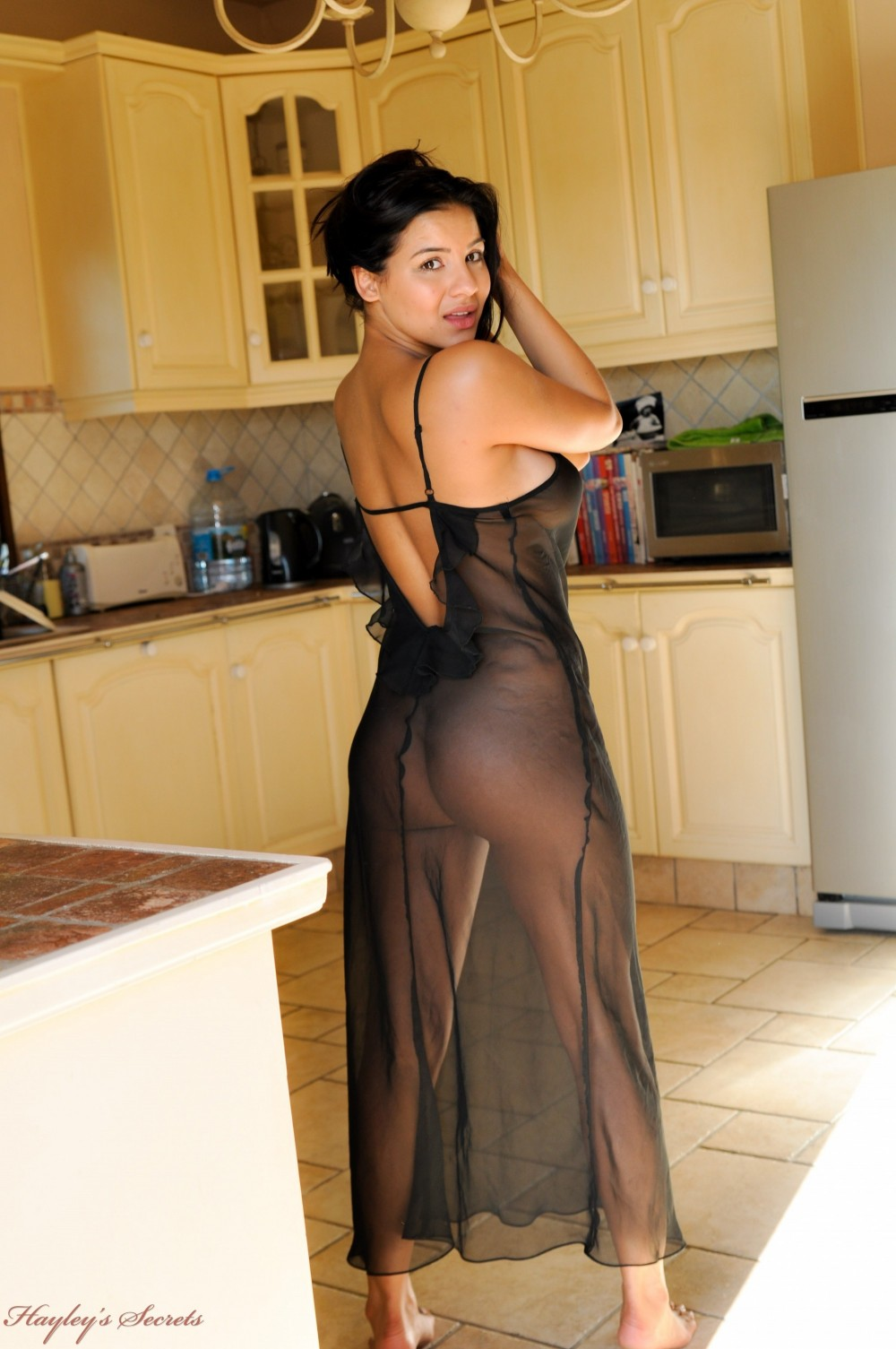 sexy moms in kitchen nude