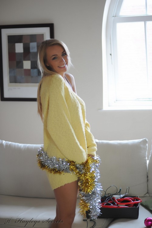 hayley marie coppin - xmas lights PICTURE 1