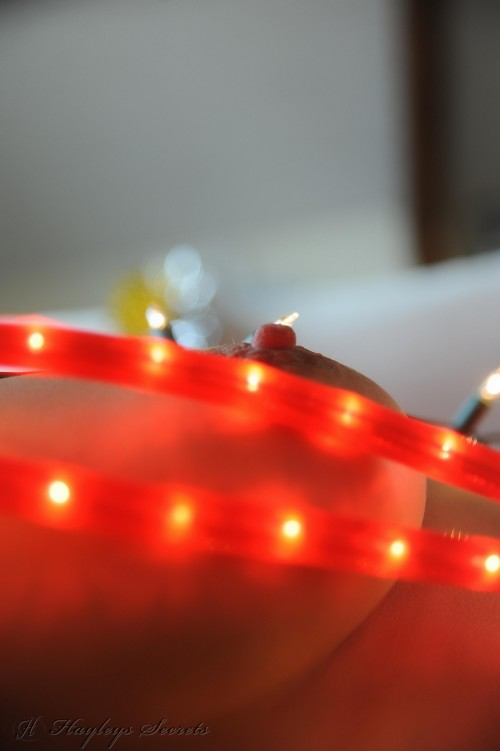 hayley marie coppin - xmas lights PICTURE 11